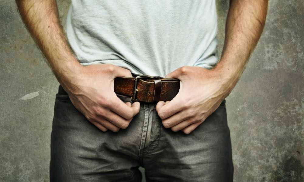 What Kind of Belt to Wear with Jeans